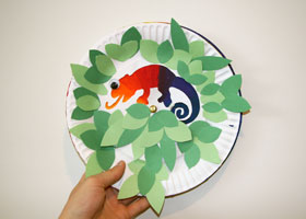 paper plate colour changing chameleon craft