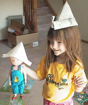 3 Ways to Make a Paper Hat - wikiHow | 341x286