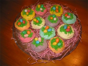 Easter Nest Cupcakes with Speckled Easter Eggs